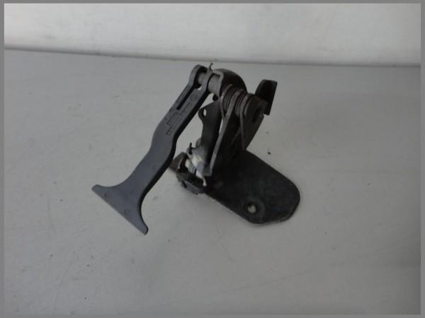 Mercedes Benz W203 C-Class hood lock 2038870227 lock