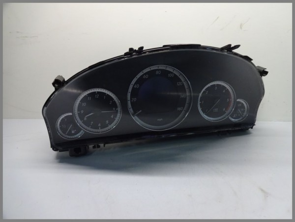 Mercedes Benz MB W212 E-Class speedometer instrument cluster 2129001210 original