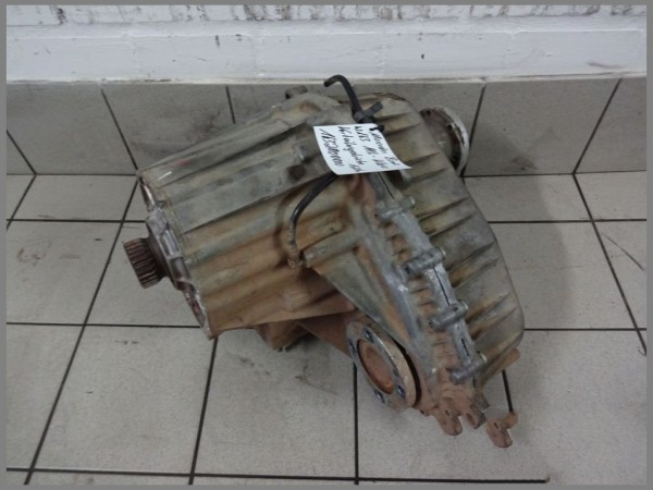 Mercedes Benz W163 Transfer Case Transmission Center 1632800800 128tkm