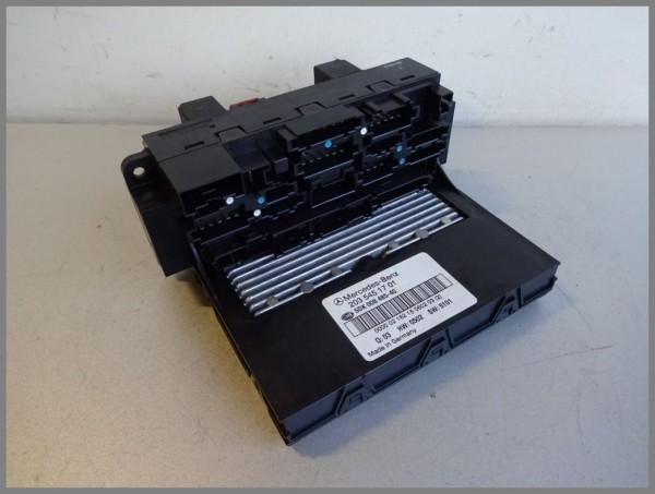 Mercedes Benz W203 control unit SAM 2035451701 Fuse box 5DK-008485-40 Q06