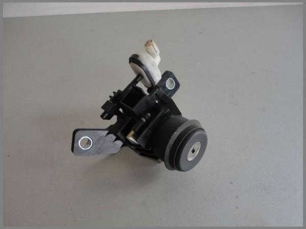 Mercedes Benz MB W168 Tailgate lock tailgate lock REAR 1687400091