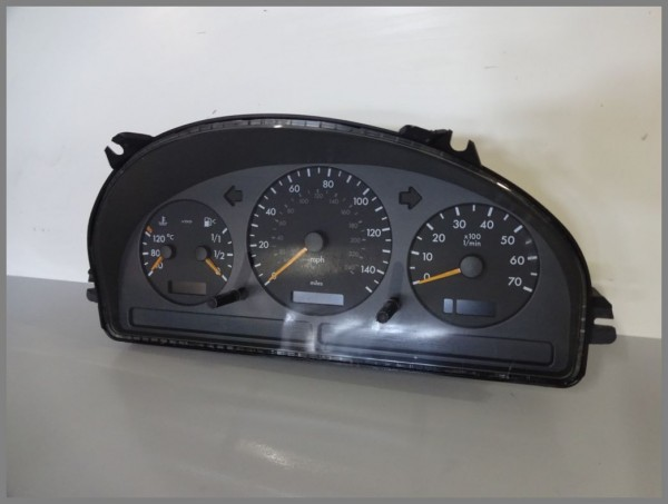 Mercedes Benz MB W163 ML-Class speedometer instrument cluster 1635407411 original