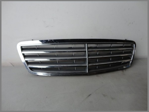 Mercedes Benz W203 MOPF Frontgrill Motorhaube Grill 2038800223 ELEGANCE Original