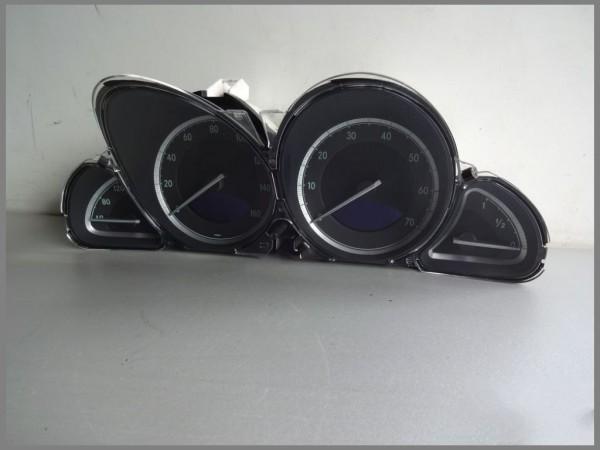 Mercedes Benz R230 speedometer instrument cluster 2305405211 VDO 110.080.091 / 054 original