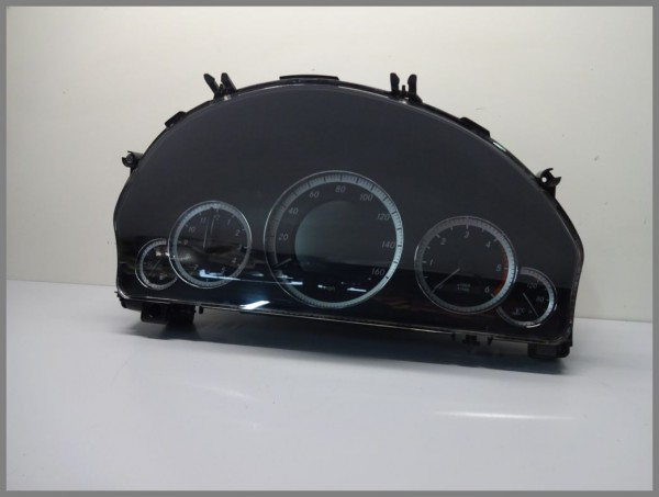 Mercedes Benz MB W212 MPH speedometer instrument cluster 2129002709 original