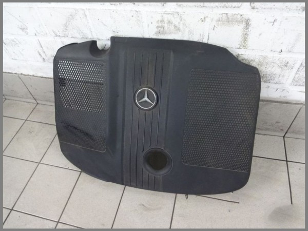 Mercedes Benz W204 220CDI engine cover 4 cylinder 6510101167 OM651