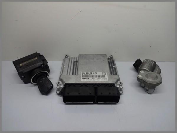 Mercedes Benz W203 C-Class engine control unit control unit 6461505091 0281012725