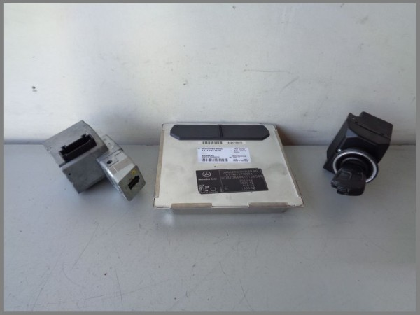 Mercedes Benz W208 CLK A208 engine control unit 1111533579 5WK90420 [3]