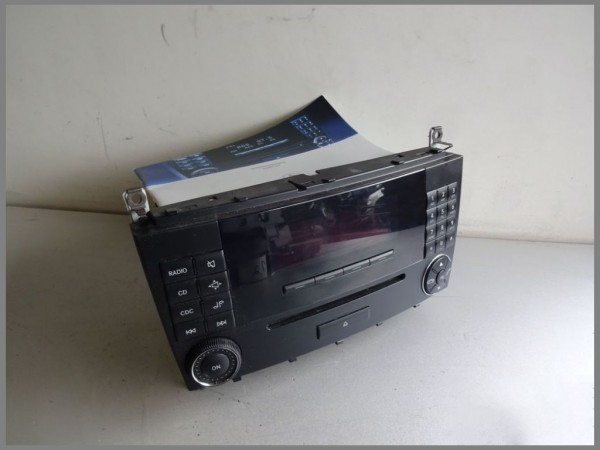Mercedes Benz MB W203 MOPF CD Radio Autoradio MF2530 BJ.2005 CD-Radio 2038700589