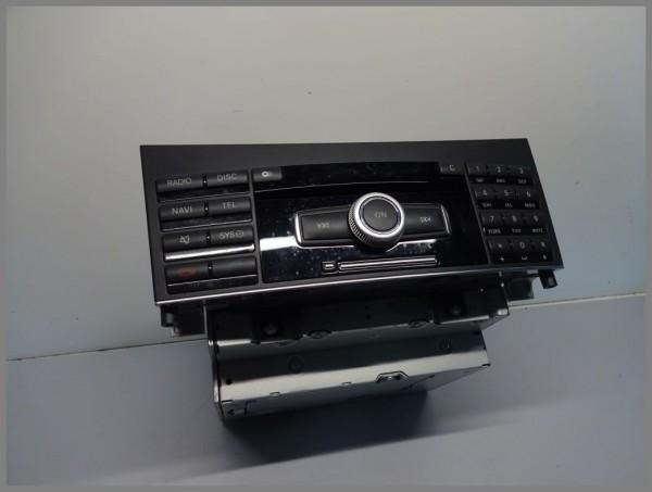 Mercedes Benz W212 CD Radio BE9013 2129008409 CD-Wechsler Navigation Original