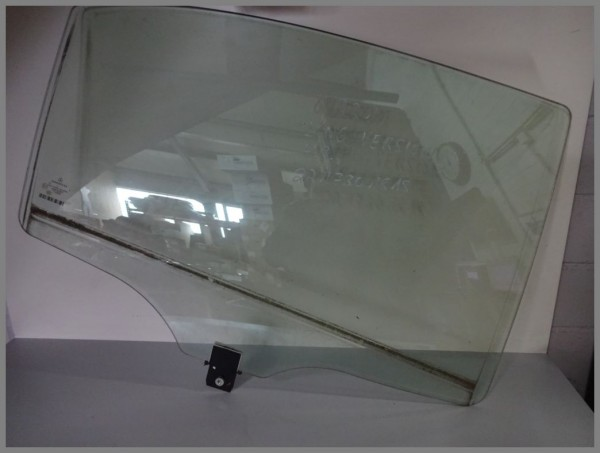 Mercedes Benz MB W221 S-Class side window door window rear right 2217301818