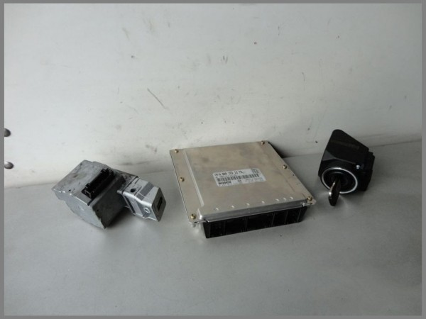 Mercedes Benz MB W202 220CDI Motorsteuergerät Steuergerät 0001531379 0281010222